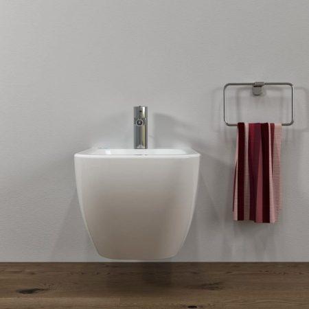 Sanitari-bagno-in-ceramica-filo-muro-bidet-sospeso-legend-2018-4