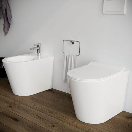 Sanitari-bagno-in-ceramica-filo-muro-vaso-wc-bidet-coprivaso-softclose-modello surf-3
