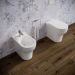 Sanitari-bagno-in-ceramica-filo-muro-vaso-wc-bidet-coprivaso-softclose-azzurra-pratica-1