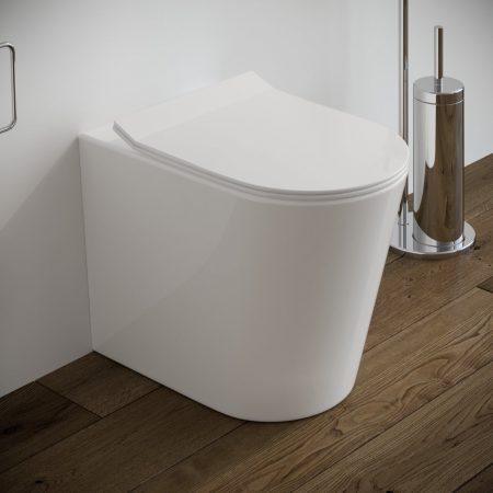 Sanitari-bagno-in-ceramica-filo-muro-vaso-wc-coprivaso-softclose-modello surf
