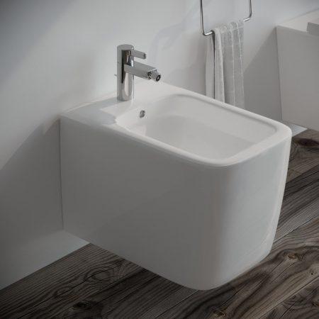 Sanitari-bagno-sospesi-in-ceramica-filo-muro-bidet-modello wave